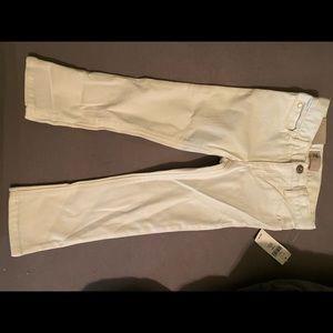 Girls 3T gap white skinned jeans